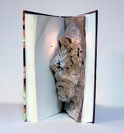 Sample student project: Lily Staples' House of Leaves book art